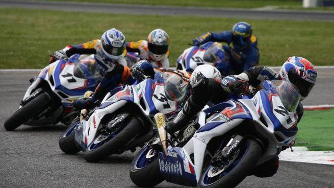 Moto in Autodromo