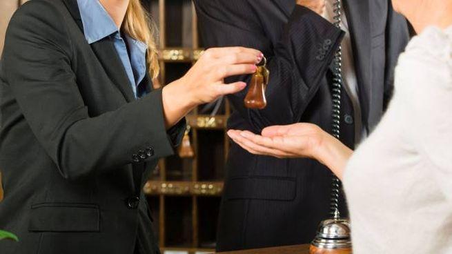 La reception di un hotel (Foto di repertorio Olycom)