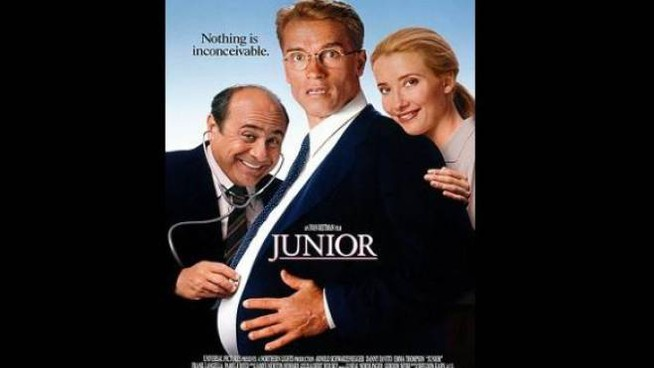 Danny Devito, Arnold Schwarzenegger e Emma Thompson in Junior