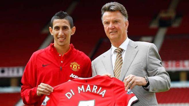 Di Maria con Van Gaal nel giorno della presentazione allo United (Reuters)