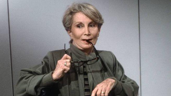 L'Histoire di Madame Claude. Addio alla maitresse dei vip - Esteri -  quotidiano.net