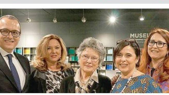 I Panini: 4 dei 5 figli di Franco, il fondatore, con la mamma Emilia