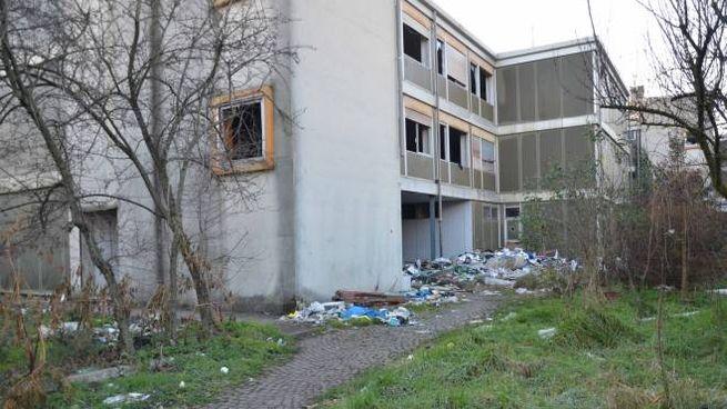 Sgombero all'ex Cardarelli di via Strozzi, chiusa nel 2013