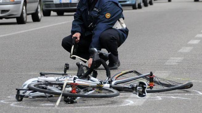 Una bicicletta distrutta in un incidente