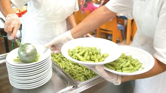 Dieta veg in una scuola (Foto Dire)