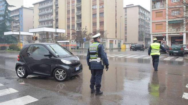 Traffico non troppo diverso da una qualsiasi domenica di pioggia (Torres)