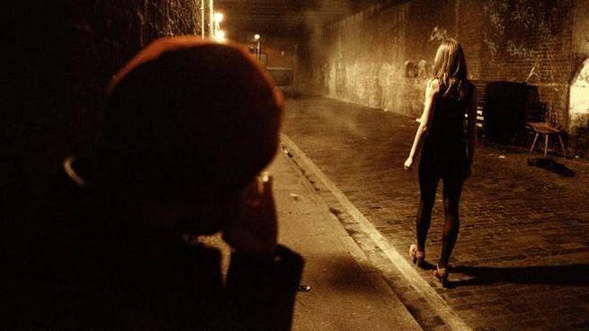 Stalking, atti persecutori