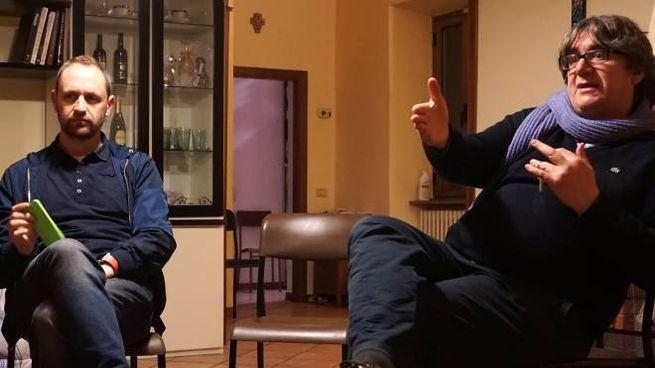 Da sinistra don Alessandro Carmignani e don Massimo Biancalani (Foto Castellani)