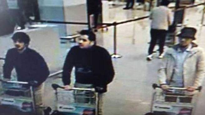 Bruxelles, i tre attentatori (LaPresse)