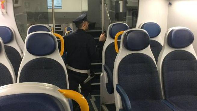 In viaggio sul treno della paura  un altra notte di tensione ... e2aa65459e3f