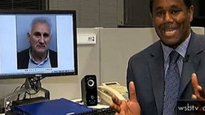 IL SUO ARRESTO L'anchorman della tv di Atlanta, in Georgia, dà la notizia dell'arresto di Pierino Bravi