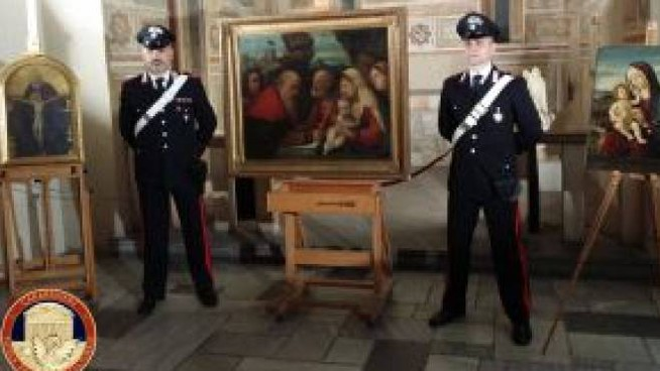 Il ecupero dipinti razziati nel 1944 dalle truppe di occupazione naziste a Camaiore (LU) -