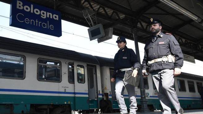 La Polfer alla stazione di Bologna (Foto di repertorio Schicchi)