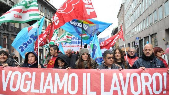 Corteo del Primo maggio a Milano