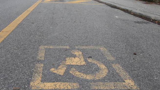 Un parcheggio  per disabili