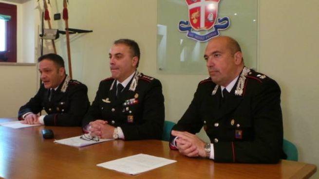I carabinieri illustrano l'operazione