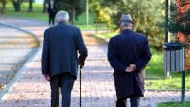 Anziani (Foto archivio)