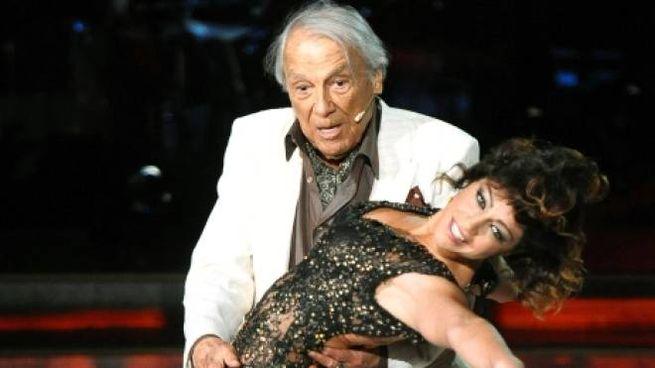 Giorgio Albertazzi a Ballando con le Stelle (Olycom)