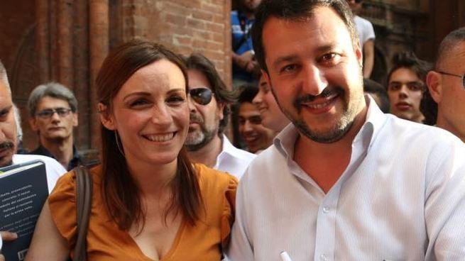 Matteo Salvini con Lucia Borgonzoni a Bologna (foto Schicchi)