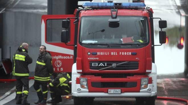 Vigili del fuoco al lavoro (Foto archivio)