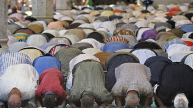 L'interno di un centro di culto musulmano