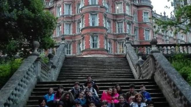 Il Royal Holloway College di Londra