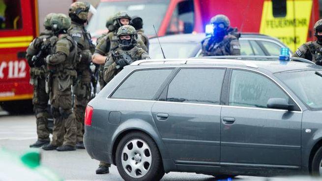 Attentato a Monaco di Baviera, spari un un centro commerciale (Ansa)