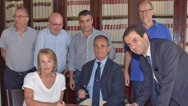 ACCORDO Dal notaio  la firma del contratto  con la cordata  scelta dal sindaco (Torres)
