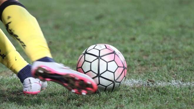 Combine nel calcio dilettanti (foto Newpress)
