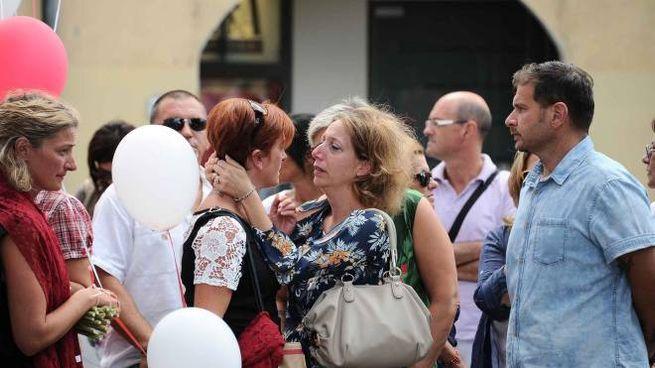 Un momento del funerale di Vania Vannucchi