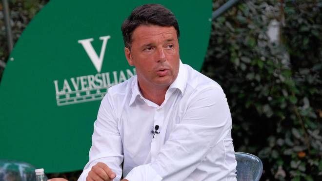 Matteo Renzi alla Versiliana (Ansa)
