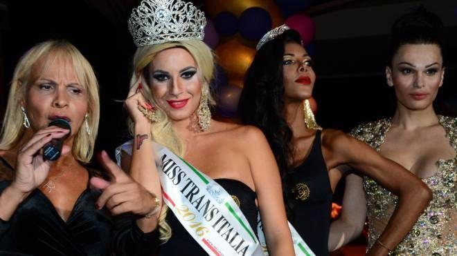 Daniela e Fabiola le due reginette di Misstrans Italia e Sudamerica