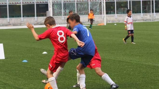 Verrà accolto in una società sportiva il bambino rifiutato dalla squadra di calcio a Opera