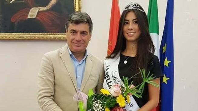 Il sindaco Massimo Seri con Chiara Mancini