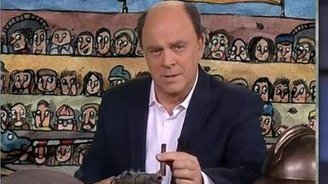 """Pd, Crozza-Bersani in trincea: """"Se esco dal Pd dove vado?"""" - QuotidianoNet"""