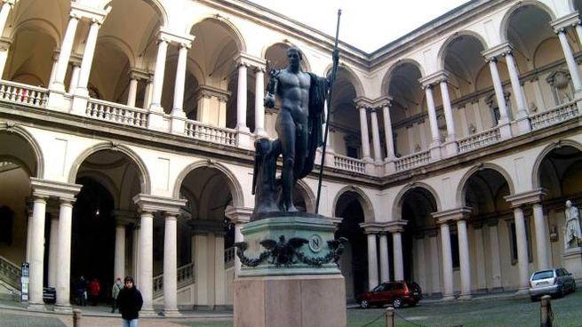 Napoleone Marte Pacificatore, la statua nel chiostro dell'Accademia di Brera