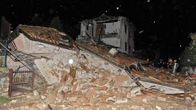 Terremoto, la provinciale per Visso chiusa per crolli (Calavita)