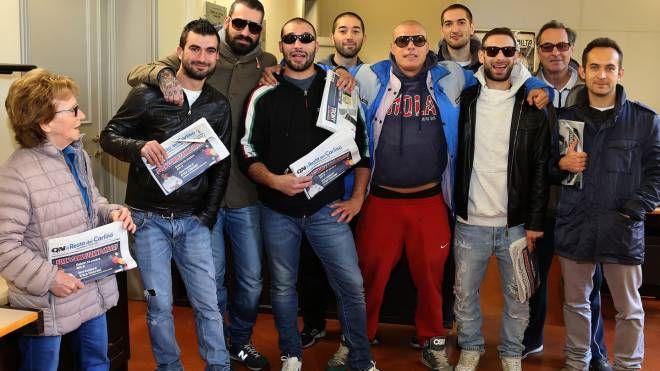 I tifosi dell'Andrea Costa riuniti  in redazione