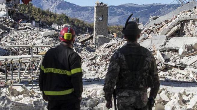 Il paese di Amatrice raso al suolo dal terremoto (Ansa)