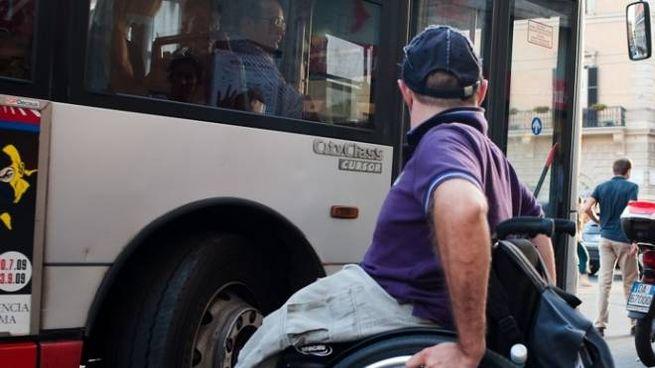 UN disabile è stato lasciato a terra dall'autobus