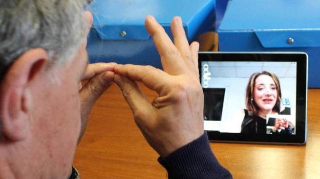 Interprete dei sordi (foto repertorio)
