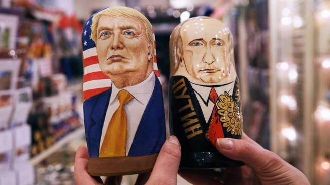 Mosca, le matrioske di Trump e Putin (Olycom)