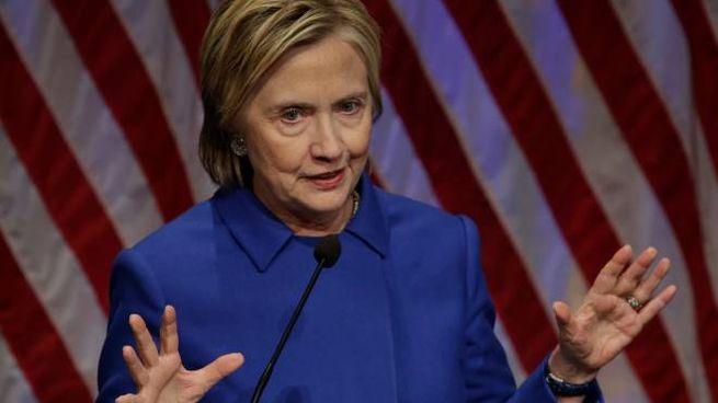 Hillary Clinton a un evento benefico dopo la sconfitta elettorale (Afp)