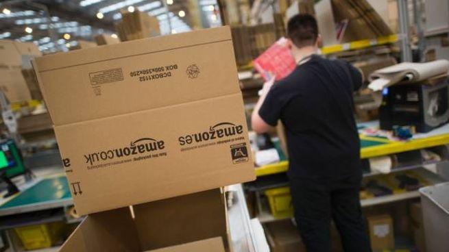 Amazon si prepara al Black friday (Olycom) 94ccd0973a4