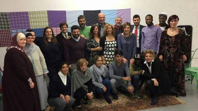 I partecipanti all'iniziativa della sartoria sociale