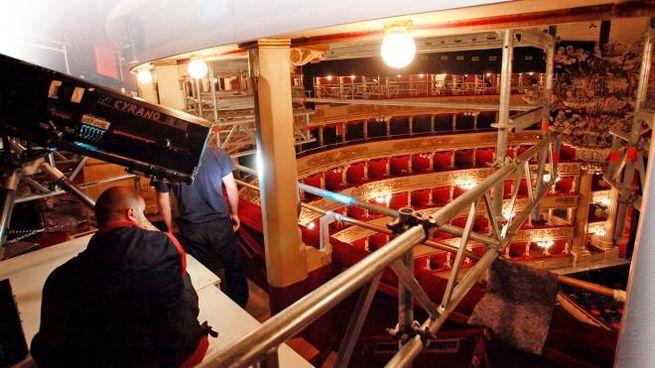 Lavori di bonifica dell'amianto alla Scala