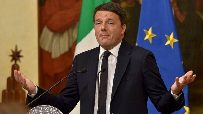 Matteo Renzi annuncia le sue dimissioni da premier (Afp)