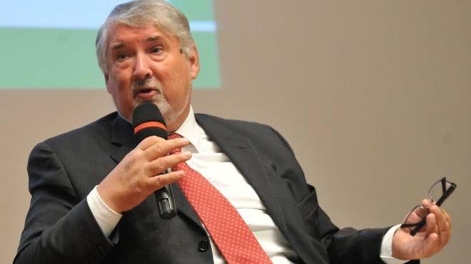Il ministro del Lavoro Giuliano Poletti (Newpress)