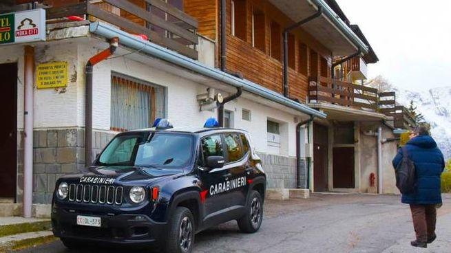 Carabinieri e Finanza hanno sequestrato i faldoni relativi all'appalto per gli impianti di risalita