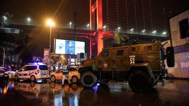 Attentato a una discoteca di Istanbul (Ansa)